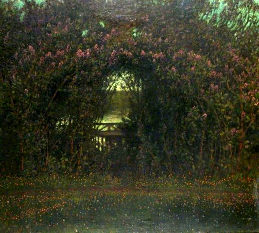 GARDEN ARCH IN BLOOM