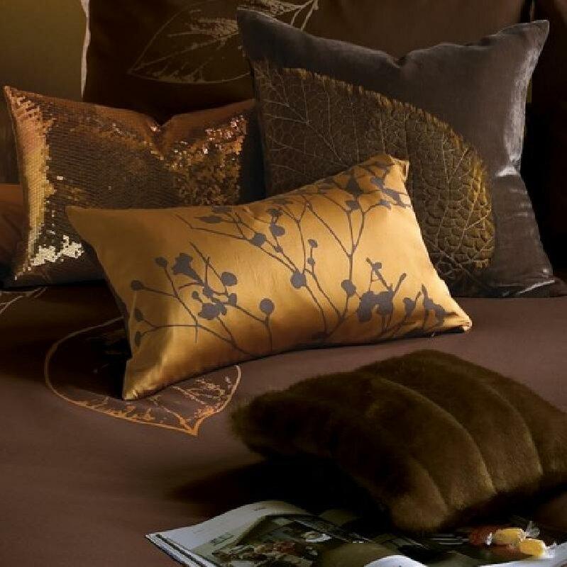 Декоративные подушки всегда имеют свой характер, они...