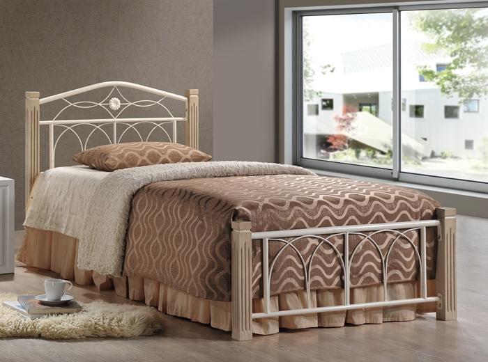 односпальная коричневая кровать