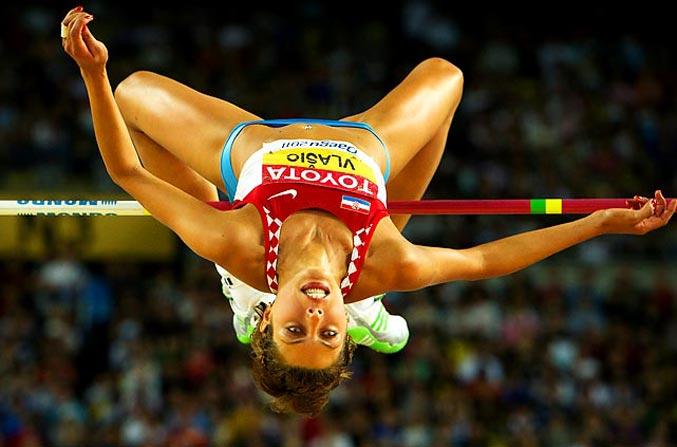 спортивный год 2011 - Хорватская прыгунья в высоту Бланка Власич
