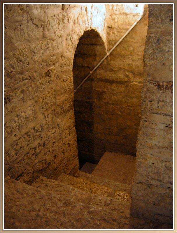 Внутри крепости, Старая Ладога