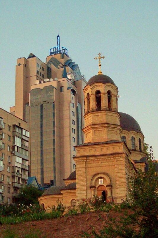 Церковь на Шелковичной