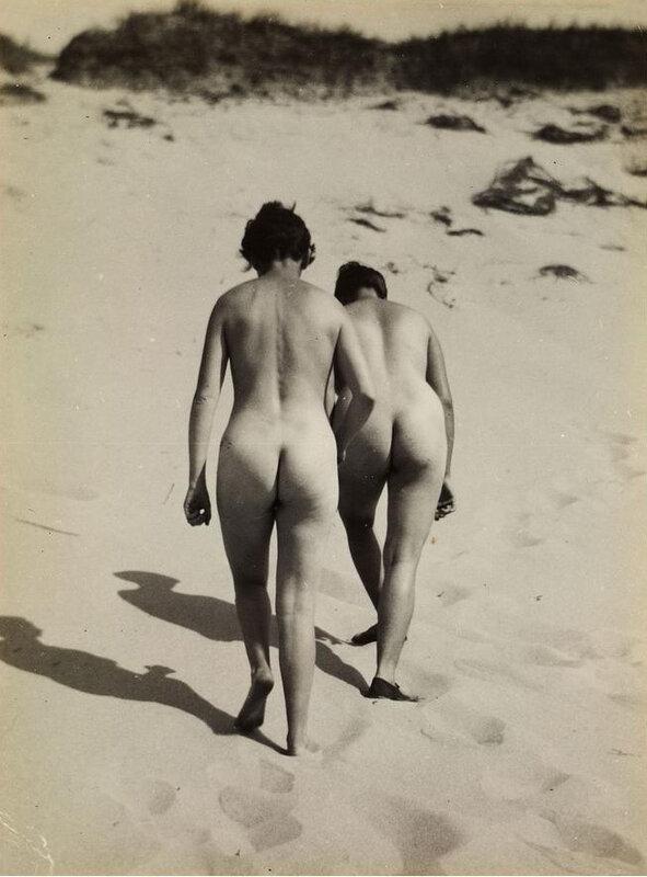 raoul-hausmann-1930-two-nudes-baltic-sea.jpg