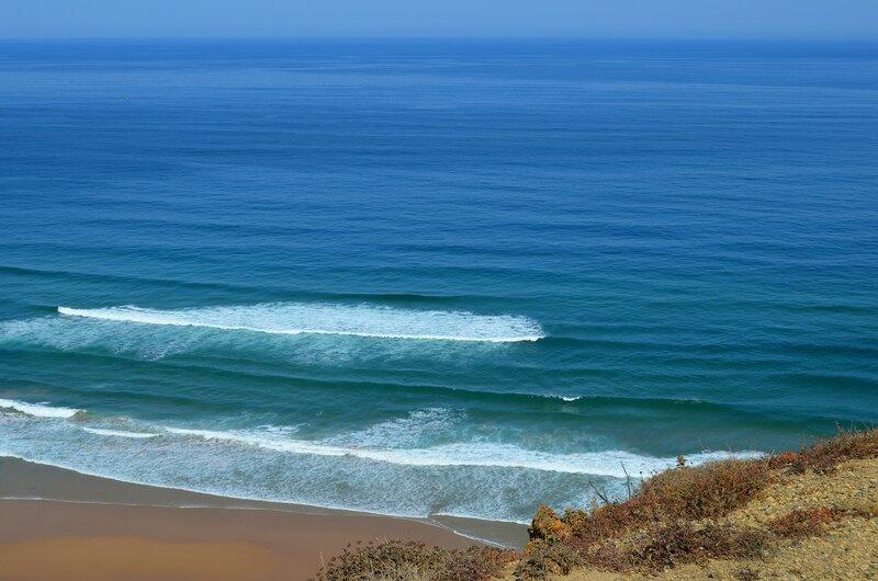 В синеве океана
