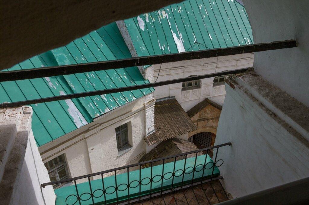 Семинарский корпус и Святые ворота, Спасо-Преображенский монастырь, Ярославль
