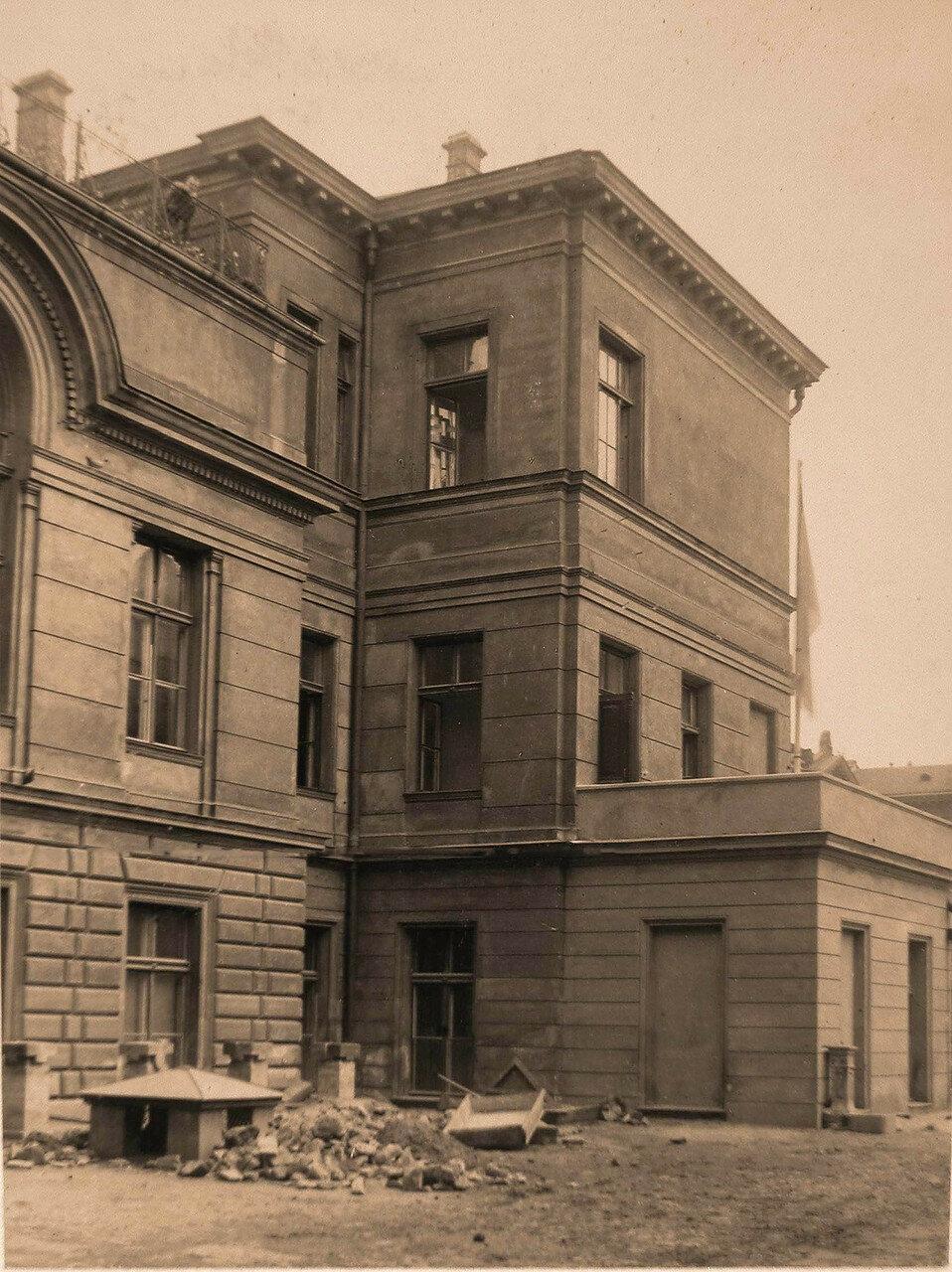 04. Часть фасада офицерского лазарета (вид со двора)