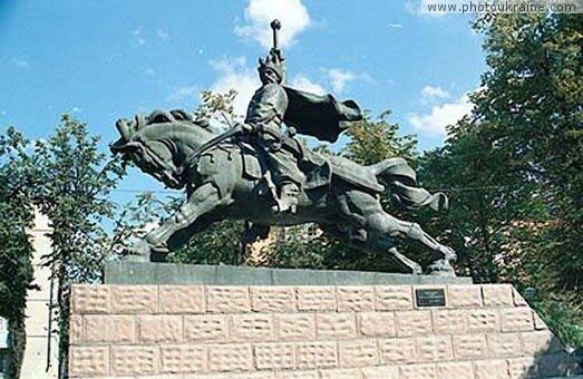 Хмельницкий. Памятник Богдану Хмельницкому
