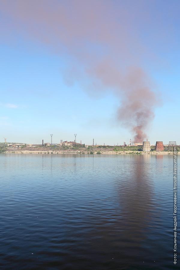 завод Красный октябрь работает