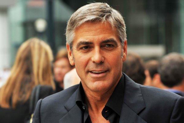 Власти Италии придумали, как защитить Джорджа Клуни от фанатов