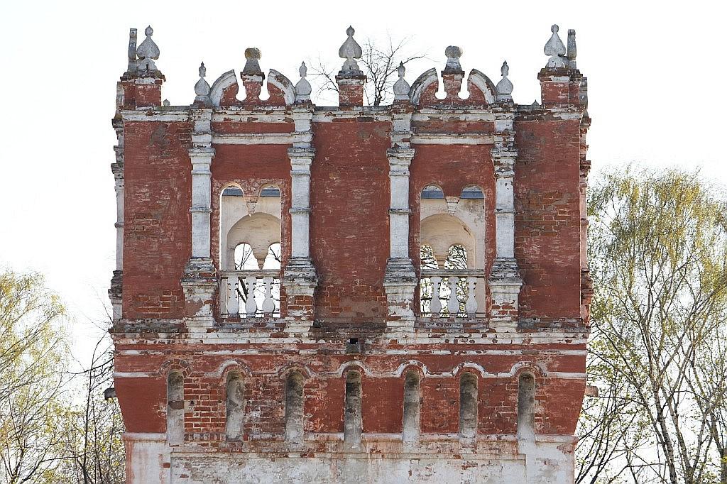 Саввинская башня Новодевичьего монастыря