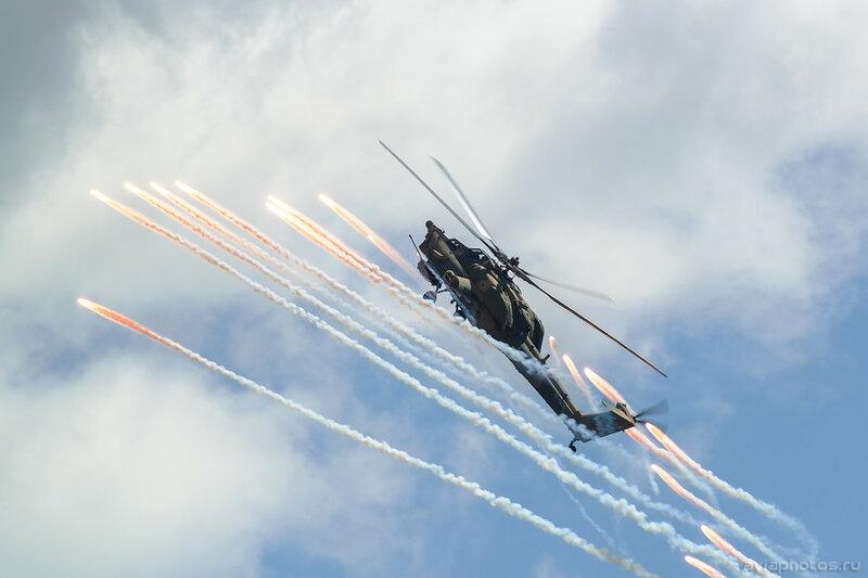Миль Ми-28Н (RF-13635 / 206 синий) ВКС России 396_D801362