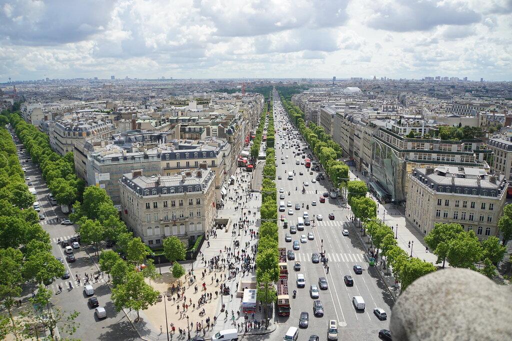Париж с Триумфальной арки