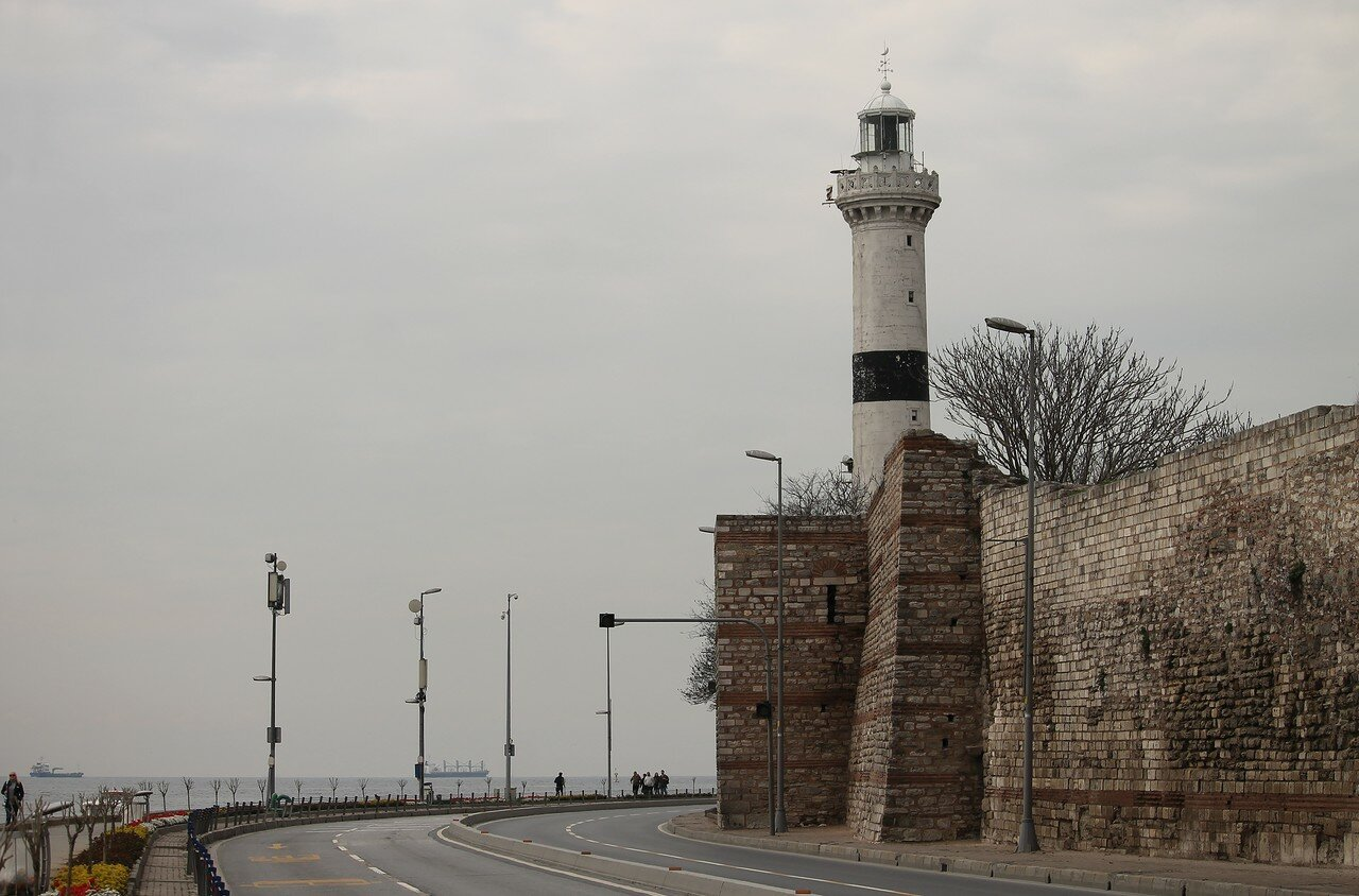 Стамбул. Маяк Ахыркапы (Ahırkapı Feneri)