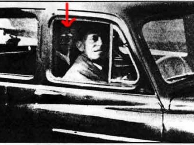 © skeptic     Это фото было сделано Мабель Чиннери (Mabel Chinnery) в1959году.