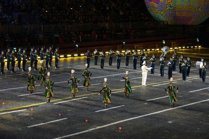 Президентский оркестр cлужбы государственной охраны и Рота почетного караула Президентского полка «Айбын»