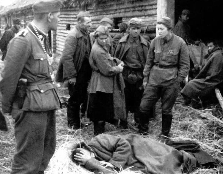 Лазаретный барак лагеря для военноп. в г.Красноармейск. Предпол. 10.41 .jpg