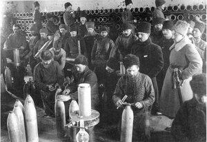 Подготовка корпусов снарядов 1914