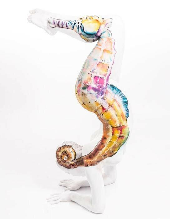 Как художница Эмма Фэй превращает акробатов в диких животных