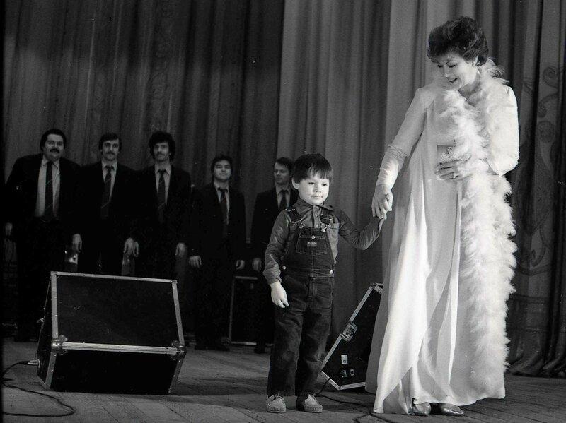 Эдита Пьеха с внуком