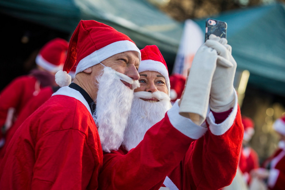 Праздничные забеги Дедов Морозов и Санта-Клаусов