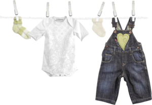 детская одежда на веревке