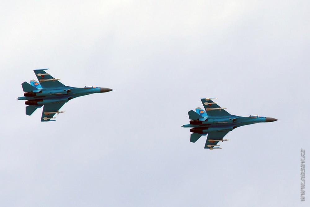 Su-27_17_KZ_Air_Force_2_TDK.JPG