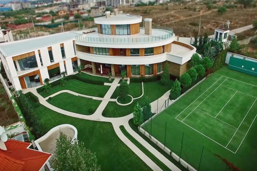 Сколько стоит самая дорогая недвижимость в Севастополе