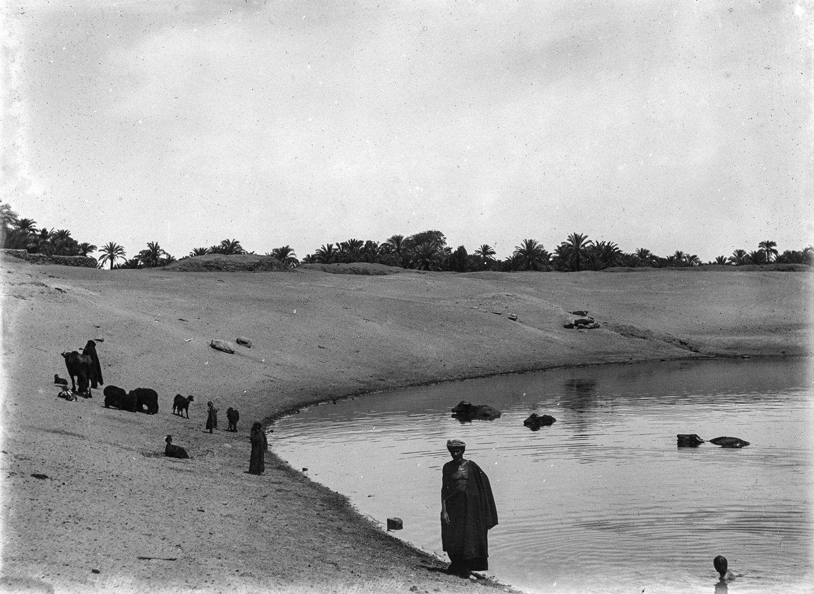 Карнак. Большое священное озеро