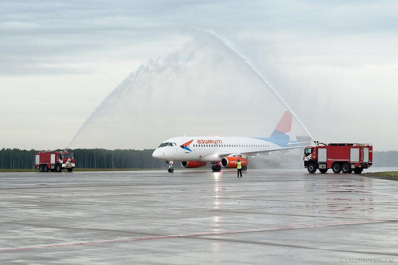 Sukhoi Superjet 100-95LR (RA-89079) Азимут 0047_D705725
