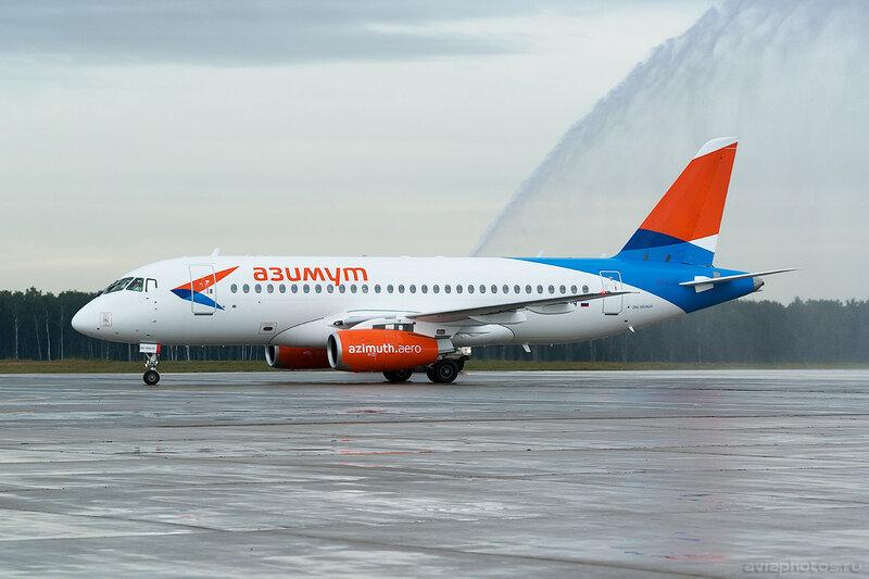Sukhoi Superjet 100-95LR (RA-89079) Азимут 0055_D804593
