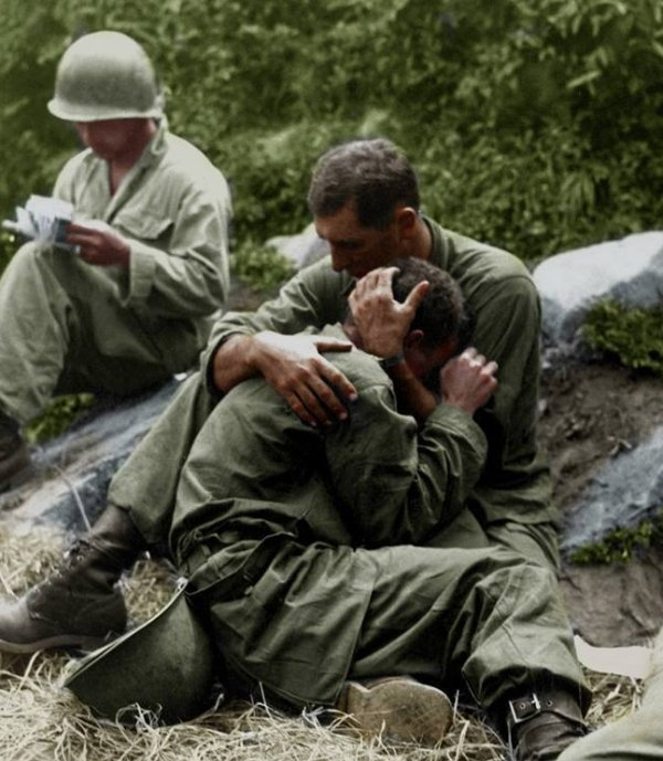 color-brings-brave-reality-to-the-korean-war-224.jpg
