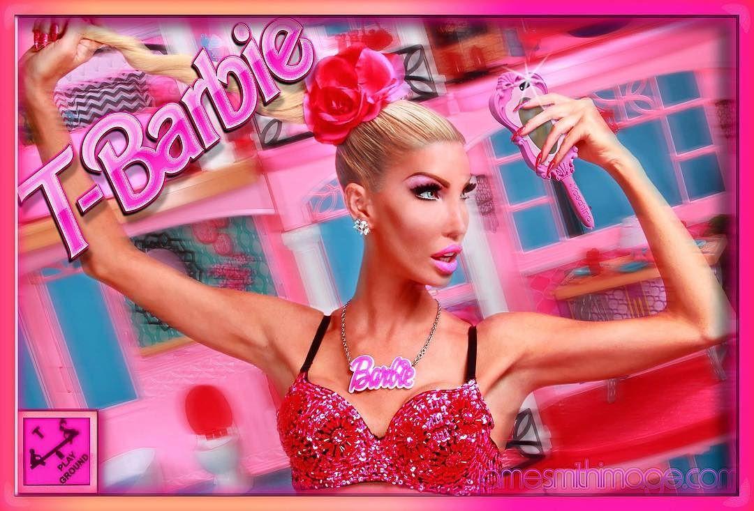 Транссексуал потратил более миллиона долларов, чтобы превратиться в живую Барби