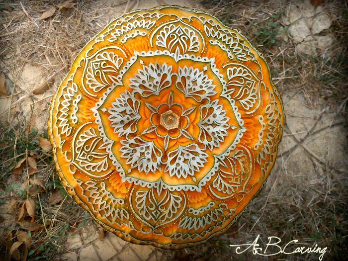 15-Alternative-Halloween-Pumpkins-carved-by-master-Angel-Boraliev-59ed98b08c239__700.jpg