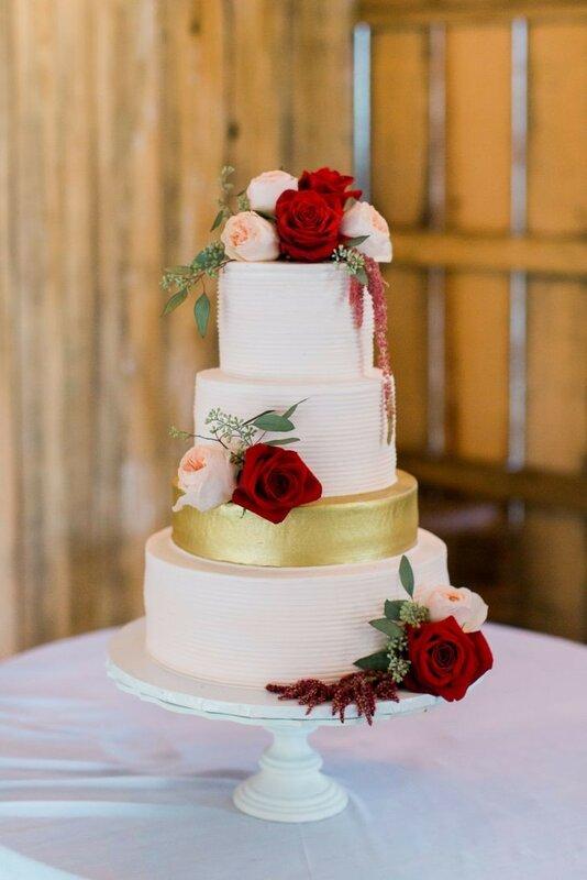 0 178335 d11c9a1e XL - Аппетитные свадебные торты сезона 2017