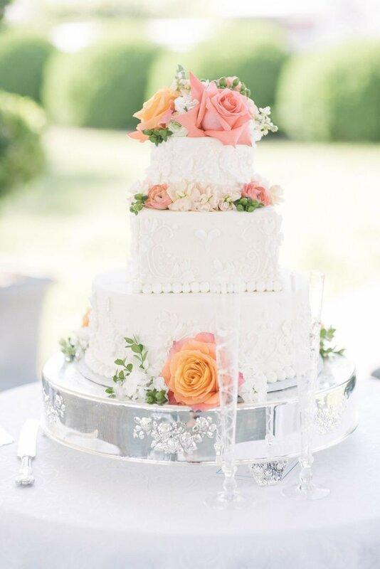 0 178336 491d4da6 XL - Аппетитные свадебные торты сезона 2017