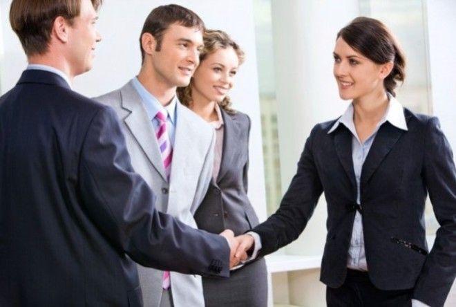 1. Копируйте манеру поведения собеседника      Во время разговора используйте