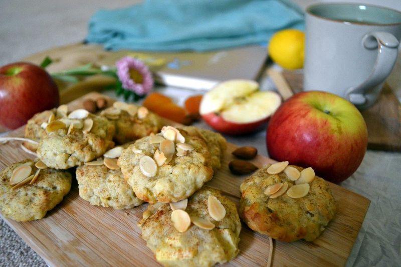 2. Яблочное печенье    Вам понадобится:     120 г сахара    1 пакетик ва