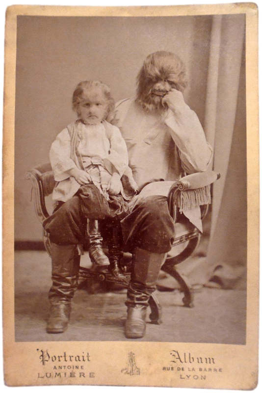 В конце XIX века сенсацией многих российских ярмарок, а несколько позднее и заграничных паноптикумов