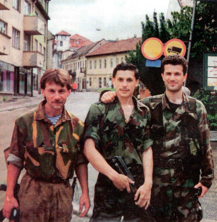 3. В новом однополярном мире сербы на какое-то времени заняли для Запада место «главного врага», ста