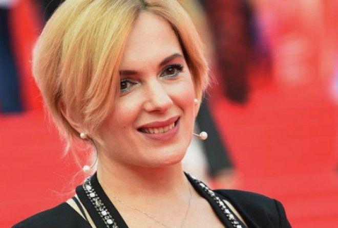 Звезда множества фильмов и сериалов продемонстрировала прекрасную фигуру.