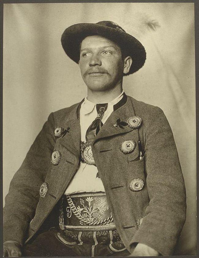 1. Вильгельм Шляйх, Бавария