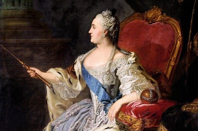 Восшествие Екатерины на престол тоже прошло не без забавных накладок. Да, прежде всего это была траг
