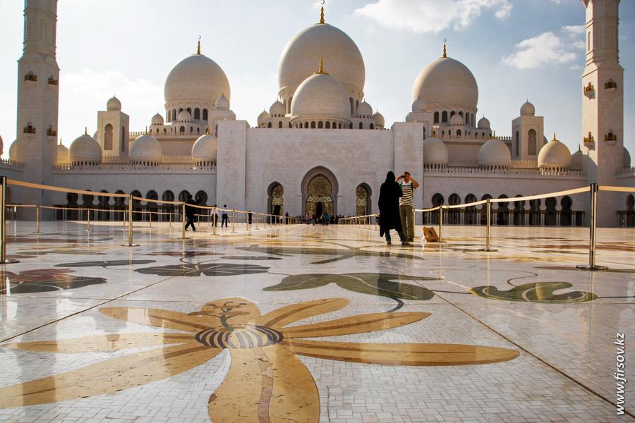Abu-Dhabi15.JPG