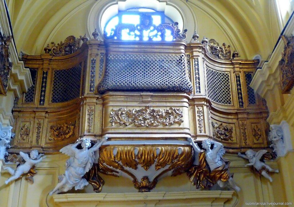 Декор органа.