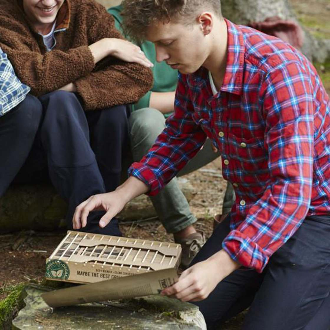 Instant Nature Grill – An instant and biodegradable barbecue!