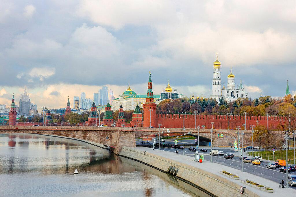 Набережные Москвы. Кремль.
