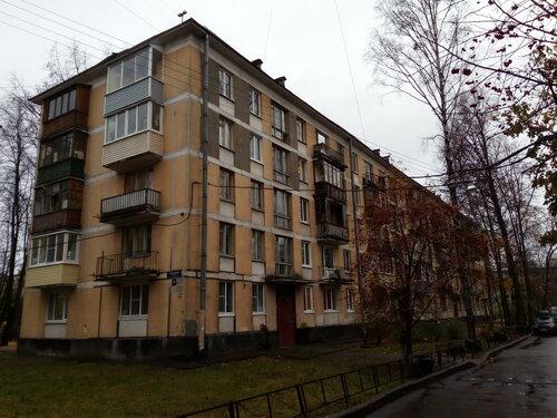 Варшавская ул. 35