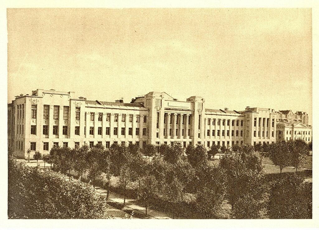 40665 Коммунистический университет имени Якова Свердлова (вариант №2).jpg