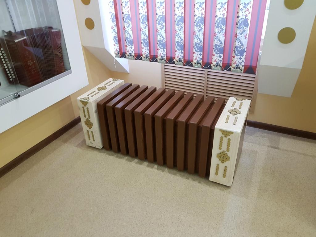 Самый популярный музыкальный инструмент на дискотеках Саратова прошлого столетия 20171102_105449.jpg