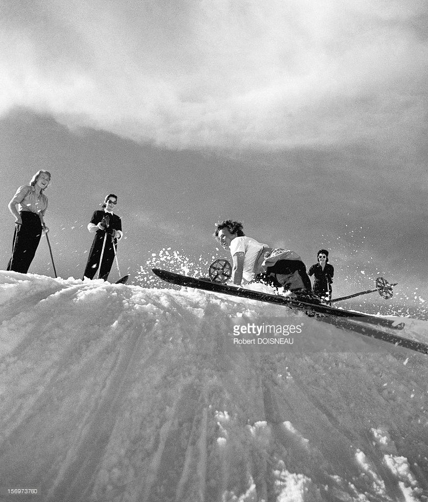 1946. Падение лыжницы. Тироль, Австрия